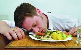 Tại sao chúng ta cảm thấy buồn ngủ sau khi ăn?