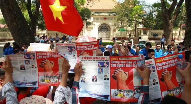 Máy bay tiêm kích TQ xâm phạm không phận Việt Nam